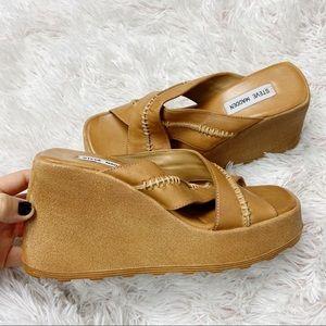 Vintage 2000s Steve Madden leather wedge sandals 9